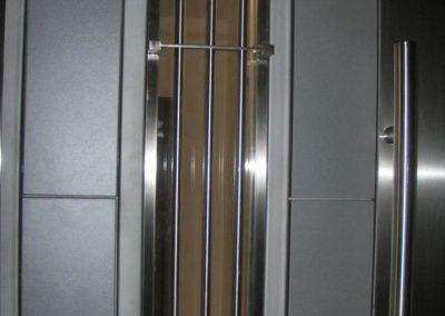 Врати за входове (61)