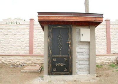 Дворни врати (129)