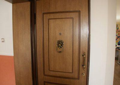 Метални врати за апартаменти (4)